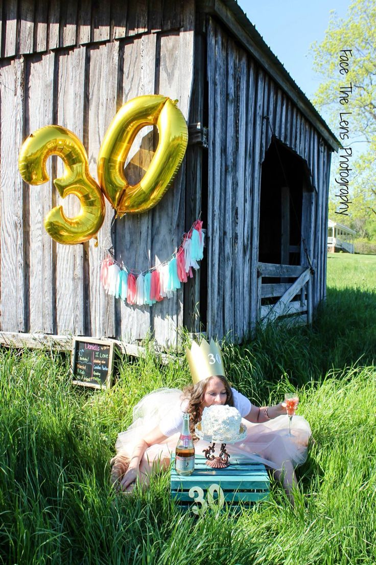 30th Birthday Smash Cake Photo Fun Poses Pinterest