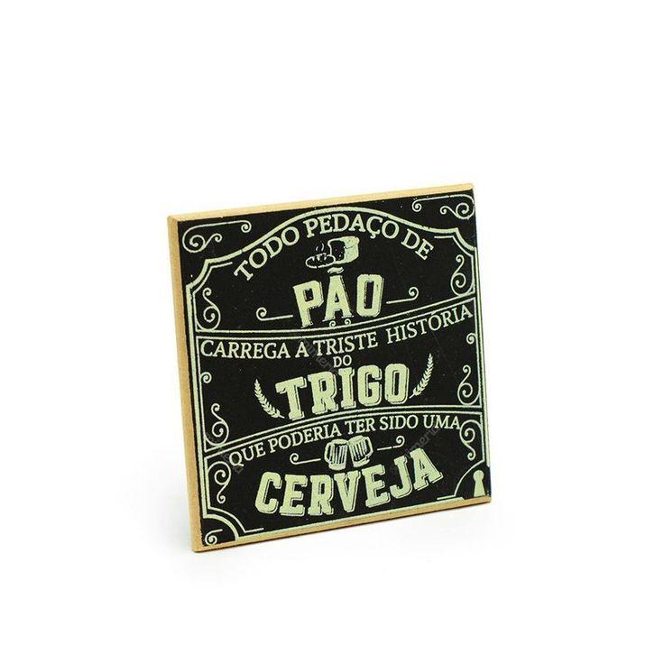 Os amantes de uma boa cerveja vão adorar o Imã Porta Copo História do Pão. Divertido e original, é decorativo e funcional. Compre aqui com bom preço!