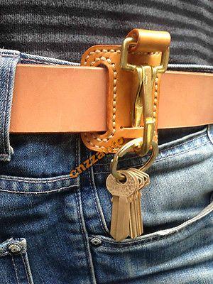Hecho a mano de cuero y latón Gancho de liberación fácil Llavero Anillo cinturón Clip Holder