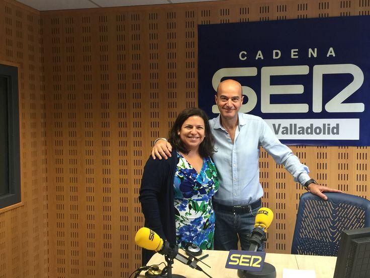 🔊 ¡DALE AL PLAY! 📻 A las 12:45 la Dra. Gloria Costa estará en directo en el especial de Cadena Ser Valladolid hablando sobre #CáncerdeMama Puedes escucharlo EN DIRECTO a través de este enlace #DíaMundialdelCáncerdeMama #SúmatealRosa #DíaContraelCáncerdeMama