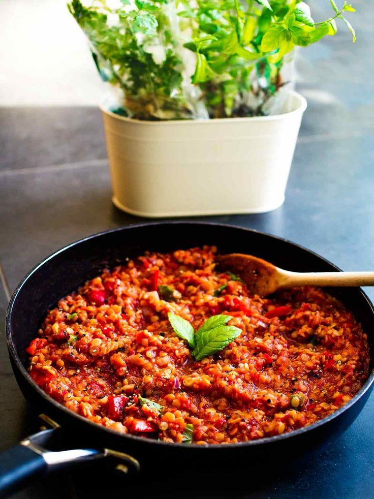 Tomato Lentil Sauce for Vegan Lasagna   Discover Delicious   Vegan Food Blog   www.discoverdelicious.org