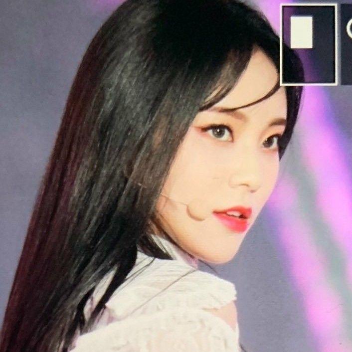 Black Haired Jinsoul Kpop Girl Groups Kpop Girls Korean Girl Groups