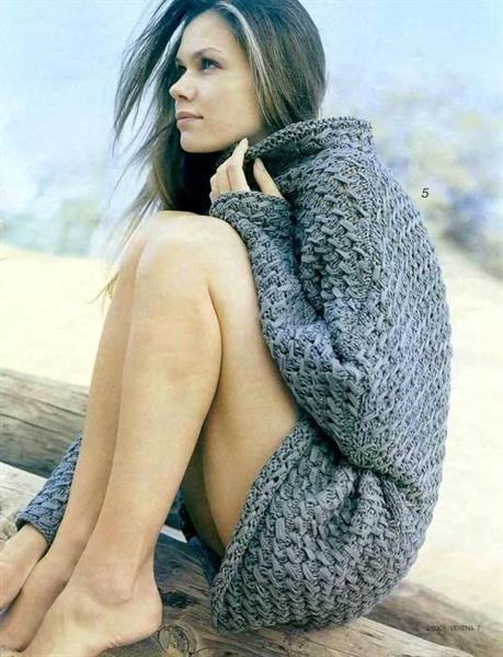 Вязанные длинные свитера для девочек