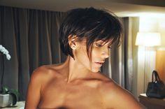 2012 - 09 Deborah Secco nov cabelo cabelo curto setembro - 03