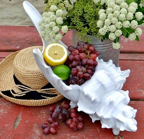 Coastal Summer Table Accessories -Lovely Little Things for Outdoors: http://www.completely-coastal.com/2015/04/coastal-summer-table-accessories-outdoor.html