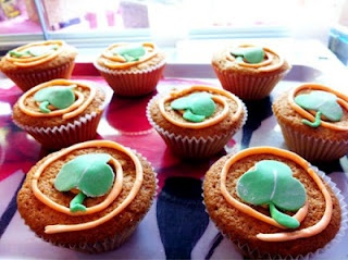 St Patrick's Day mini cakes