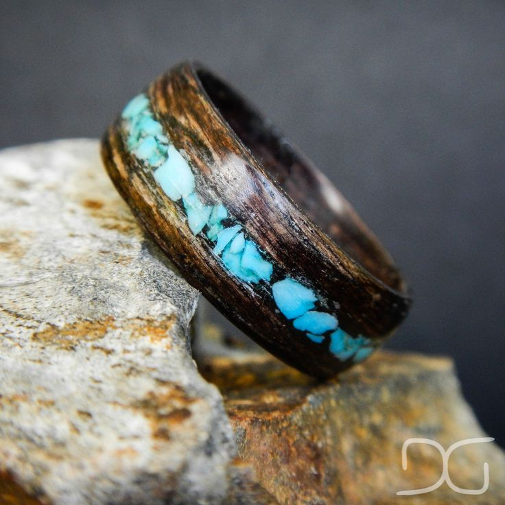 Mahogany Bentwood Ring with Turquoise inlay - Hand Crafted wooden ring