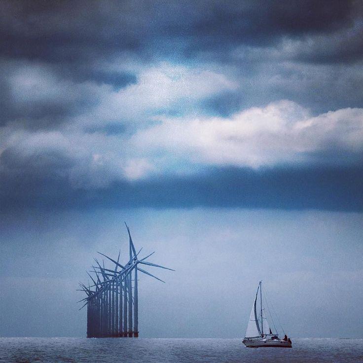 Don Quixote's nightmare. #donquijote #windmill #windpark #windwheel #windfarm #ijsselmeer #sail #sailing #sailboat #sailingboat #segeln #artofvisuals #pulsefilm #visualcreators #createexplore #exploretocreate #click_n_share #tv_pointofview #fantastic_shotzs #visualsoflife #snapzone #_heater #shotzdelight #fatalframes #thecreatorclass #agameoftones #bevisuallyinspired #gameoftones #fatalframes #fatal_shots #way2ill by chrisdefall