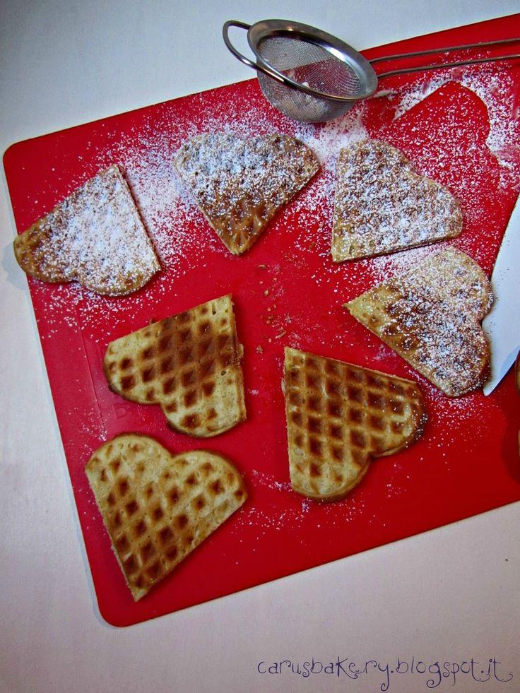 Caru's Bakery: Mini Waffle con mele caramellate alla cannella e gelato
