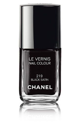 Chanel Le Vernis Nail Colour 219 Black Satin 13ml by Chanel, http://www.amazon.co.uk/dp/B001P8JNMW/ref=cm_sw_r_pi_dp_fvyesb08DP4Z3/275-4843915-6486626