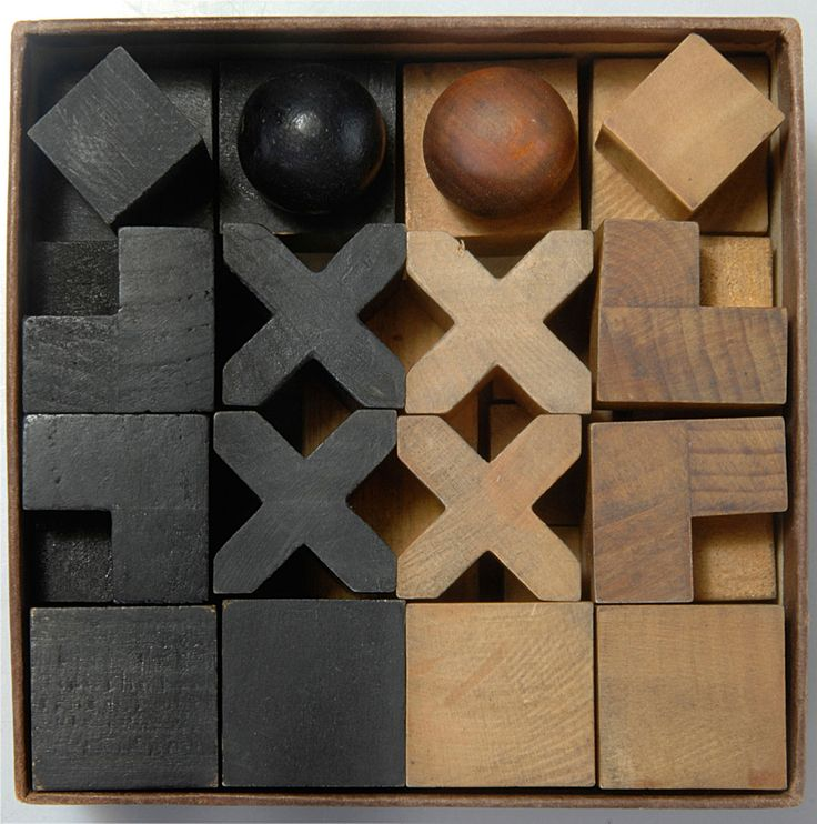 Josef hartwig bauhaus chess designed in 1924 the anxious object pinterest bauhaus chess - Bauhaus chess board ...