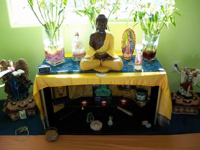 How to Create a Meditation Space and Creating a Meditation Room - Vipassana New World