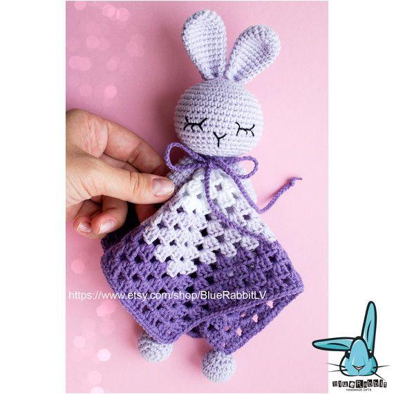 Crochet bébé blanc violet doudou peluche lapin se par BlueRabbitLV