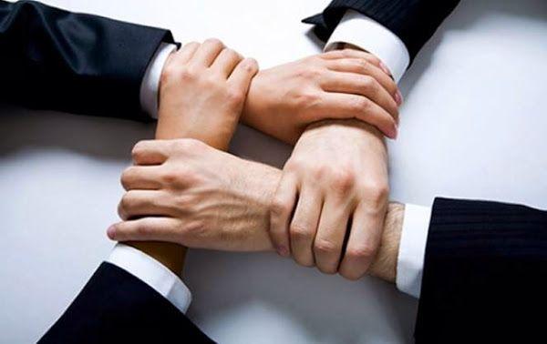 Formas legales de organizaciones mercantiles en México. Una sociedad es una entidad propia y distinta, con un patrimonio común y participación de socios.