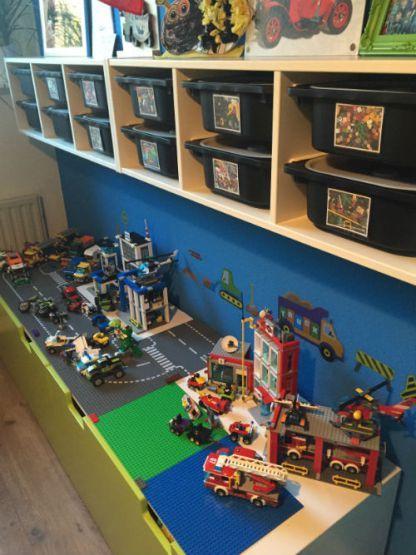 Lego kamer  Wil je een leuke & mooie oplossing voor al je LEGO? Wil je er ook meteen een te gekke LEGO kamer van maken. Bekijk dan eens deze te gekke oplossing en maak je LEGO fan ontzettend blij met dit concept!