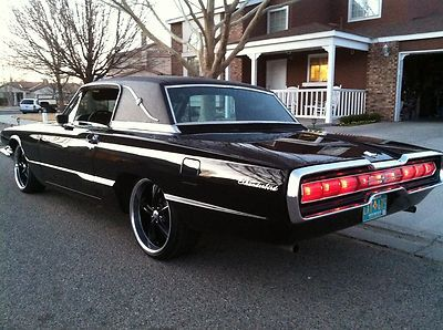 Ford : Thunderbird Hard Top Town Landau 1966 Ford - http://www.legendaryfinds.com/ford-thunderbird-hard-top-town-landau-1966-ford/