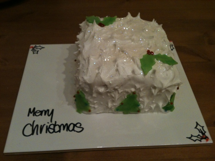 1000+ images about Christmas Cake on Pinterest Christmas ...
