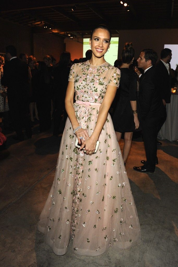 Jessica Alba in Valentino (Resort 2013 Collection) at the Baby2Baby Gala in Los Angeles, November 2012. Photo: Amy Graves.