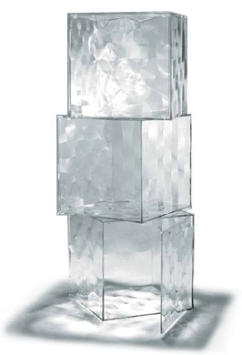 optic cube Design Patrick Jouin, 2006 PMMA plastic Made in Italy by Kartell