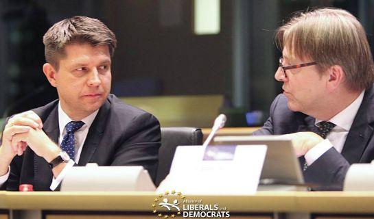 Związki przyjaciela Petru z Gazpromem. Verhofstadt wymieniony w międzynarodowym raporcie - niezalezna.pl