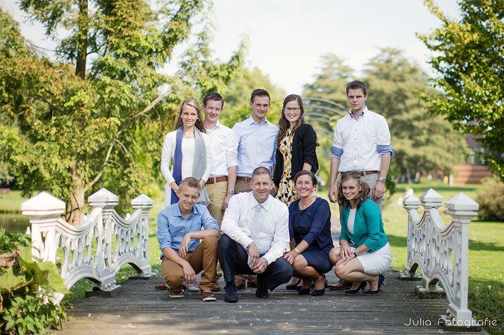 Family photography by Julia Fotografie. www.julia-fotografie.nl