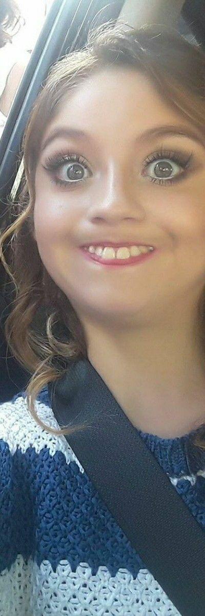 #smile Karol Sevilla