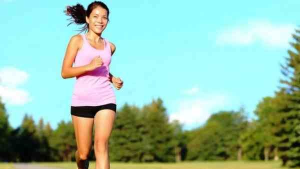 Jogging is a sport millionaires, five reasons why you should start jogging with you too! http://veu.sk/index.php/aktuality/939-behanie-je-sport-milionarov-pat-dovodov-preco-by-ste-mali-s-joggingom-zacat-aj-vy.html #jogging #sport #millionares