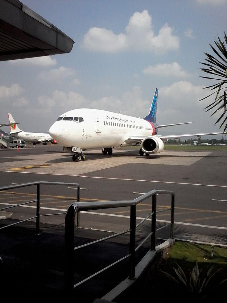 b737 5 sriwijaya air @yogyakarta airport