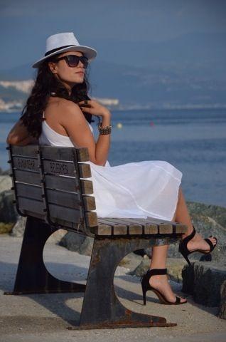 2014 yaz elbise modası, 2014 yaz elbise modelleri, beyaz elbise modası, bohem elbise, Fashion, fashion blogs, fedora, fedora şapka, fedora stil, fedora style, moda, moda blogu, stil blogu, stradivarius heels, stradivarius sandalet, stradivarius topuklu ayakkabı, style blogs, vintage dress, vintage elbise