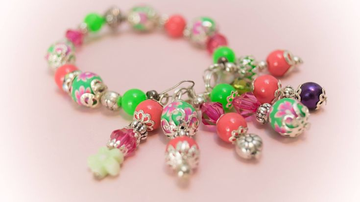 Excited to share the latest addition to my #etsy shop: Bracelet 10 http://etsy.me/2CqlWMI #jewelry #bracelet #pink #green #no #women #womanbracelet #handmadebracelet #fashionbracelet
