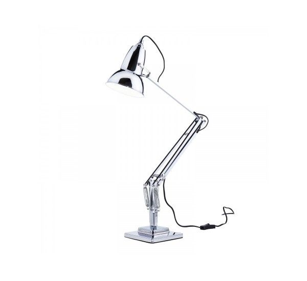 Original 1227 is the company's historic Anglepoise desk lamp. Launched in 1934 retains an old-world charm, industrial and unique. An evergreen in the field of 'international lighting. Icon of an era with the extension spring constant, the aluminum arms and solid cast iron base with steel cover, the Original version 1227 is also characterized by the chrome fittings for the speaker funnel design inimitable. Gloss paint in the colors Black, Cream, Red and Chrome, perfect in every desk. V...