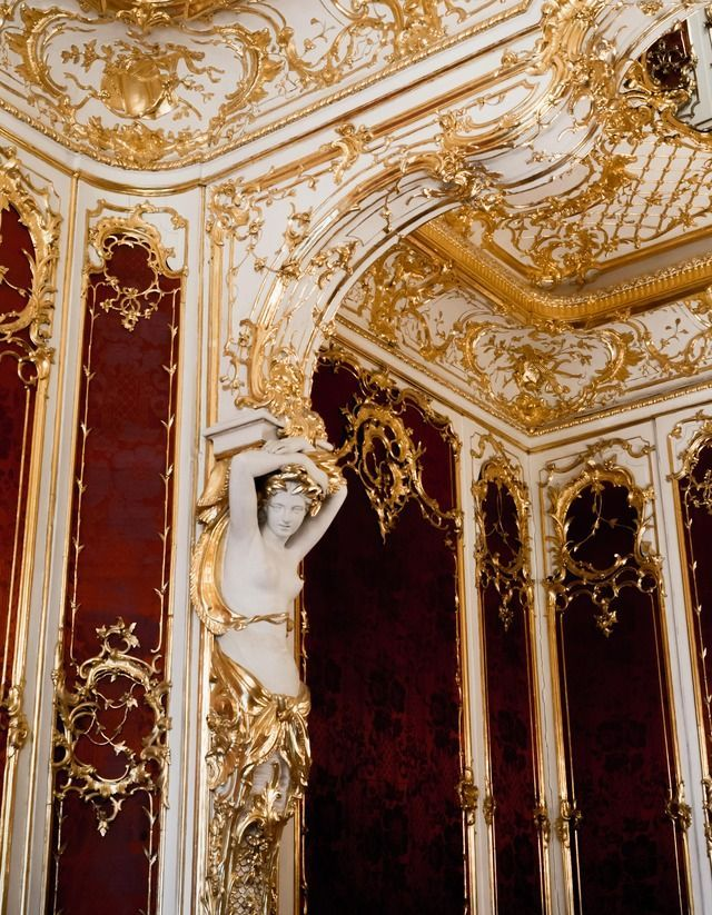 St Petersburg Russia Russia Travel Viagens Architecture Red Gold Palace Castle Aesthetic Tumblr Gold Aesthetic Gryffindor Aesthetic Queen Aesthetic