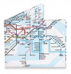Mighty Wallet - The Underground. Met deze portemonnee in je zak zal je niet snel verdwalen in Londen als je met de metro gaat. #metro #portemonnee #reiscadeau #cadeau #reizen #wereldreis