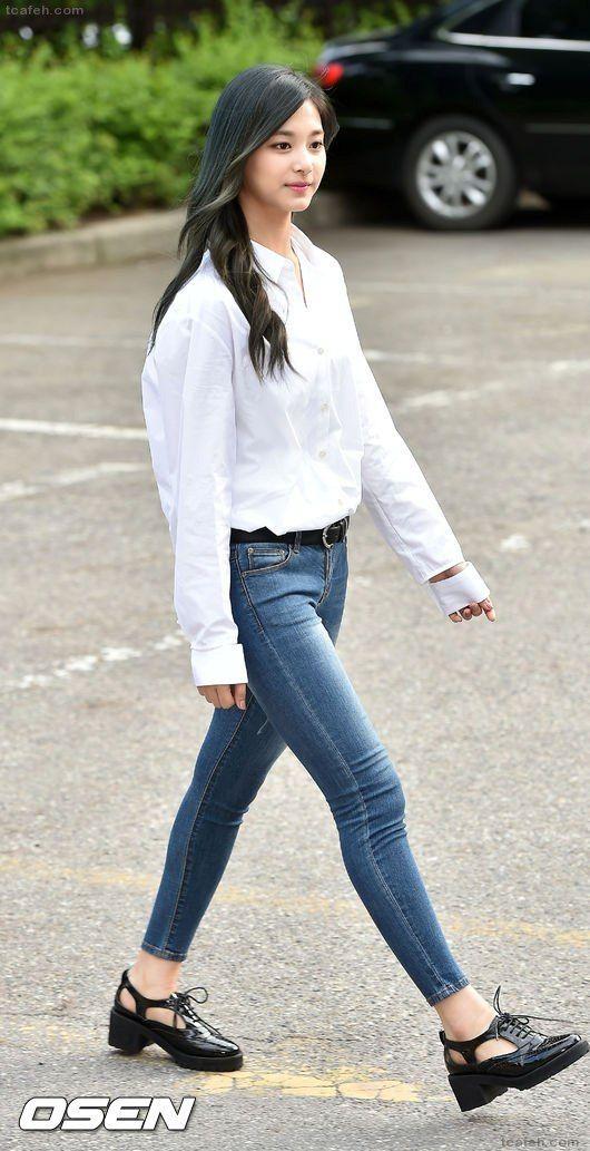 27 best Twice tyuzu images on Pinterest | Cabbage Korean fashion and Tzuyu twice