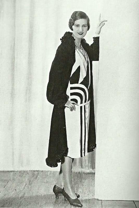 1927 art deco graphic print dress high contrast black white shoes hair jacket late 20s vintage fashion