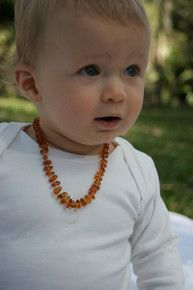 /amber-necklace-for-baby/