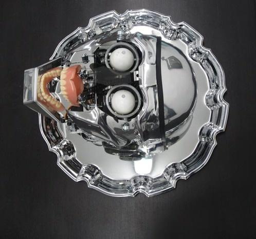 Artlog: Robots, Sculpture, Fashion, Paranoid 2012, Santiago, Dreaming Dystopias