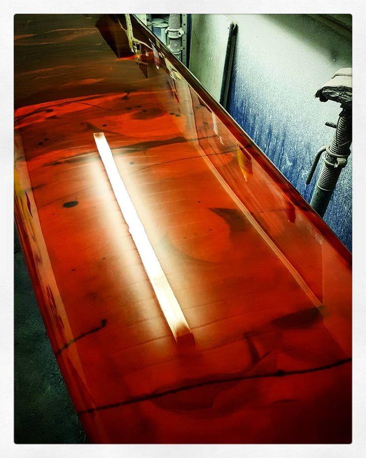 @rockersdeluxe custom Pig Rod ready to go! #visionary #custommade #longboard #pig #pigsurfboard #surfapig #resintint #resinart #madeinengland http://ift.tt/19MEsb6