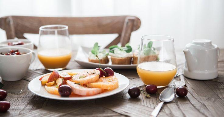 Iniziare la giornata con delle colazioni sane e nutrienti è il modo migliore per sentirsi bene e svolgere al meglio le proprie attività. Ricordiamoci che i muscoli e il cervello hanno bisogno di energ