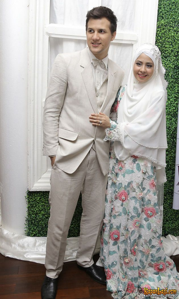 Image result for risty stuart resepsi nikah  hijab bride muslim wedding dress  Pinterest