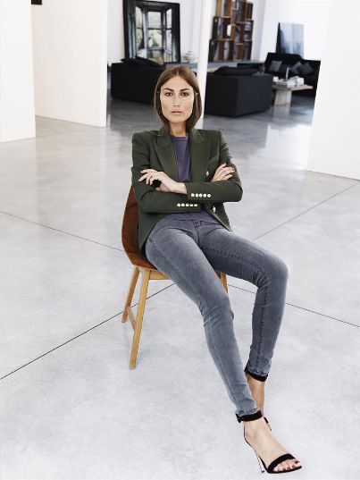 Click here to see the best grey skinny jeans recommendations: http://www.slant.co/topics/4621/~mid-rise-gray-skinny-jeans