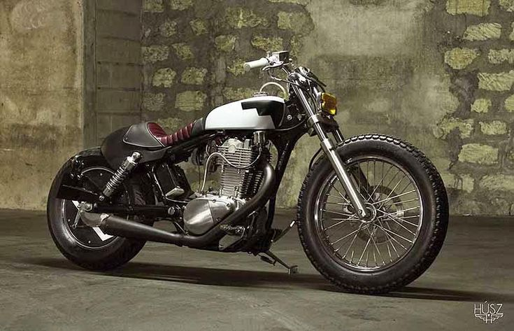 Motorräder (Bobber, Cafe Racer, Bratstyle),  Kustom Kulture  und Fotografie