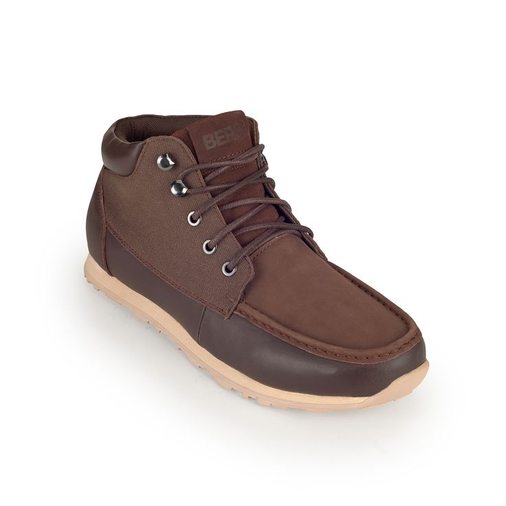 Genuine leather boot featuring an outdoor design for urban looks, perfect for everyday wear.