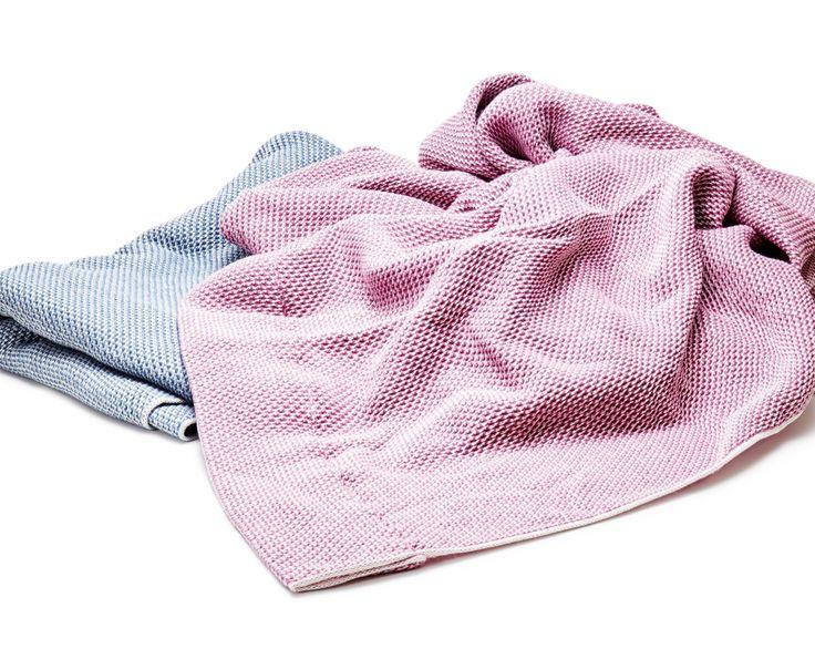 LUNAIRE 熟睡を追求した「織り構造」、365日使えるタオルケット | 大阪泉州産ハニカム織タオルケット