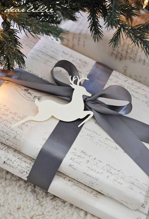 Лаконичная упаковка подарка на Новый год
