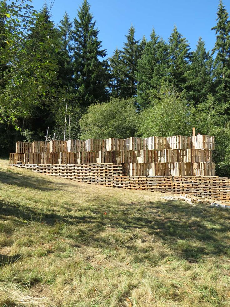 A Palatable Material Palette: 9 Examples of Pallet-tecture - Architizer