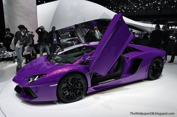 Purple Lamborghini Aventador, Would be way better in hot pink.. but I will take purple