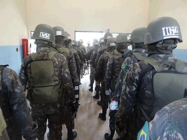 Exército realiza operação no presídio de Ji-Paraná - https://forcamilitar.com.br/2017/10/19/exercito-realiza-operacao-no-presidio-de-ji-parana/