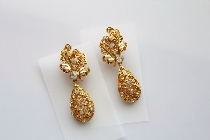 Vintage Jose Maria BARRERA for Avon Versatile Elegance earrings  clip on / Removable Bottoms #231 by Jewelrin on Etsy   #Vintage_Barrera_Avon