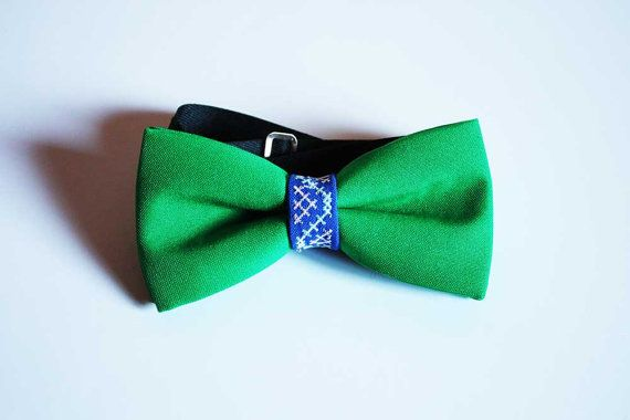 Embroidered BowTie  Ethnic BowTie  Custom BowTie  by EtnoWareStore